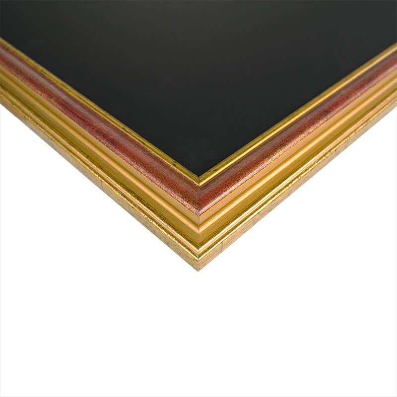 wandtafel mit braunem profilrahmen. Black Bedroom Furniture Sets. Home Design Ideas
